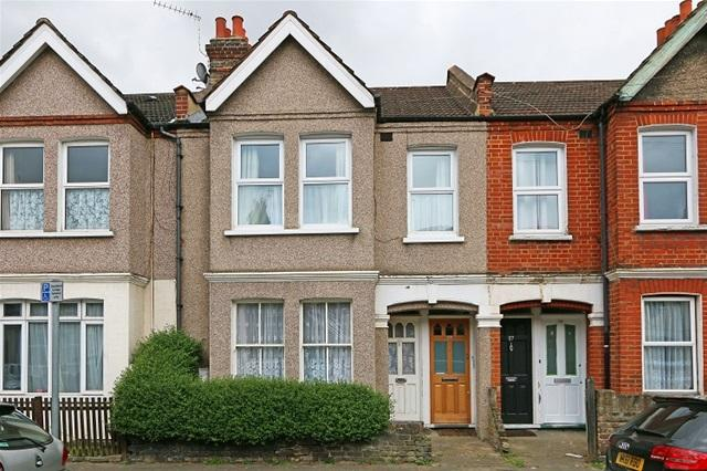 2 Bedrooms Maisonette Flat for sale in UNIVERSITY ROAD, COLLIERS WOOD