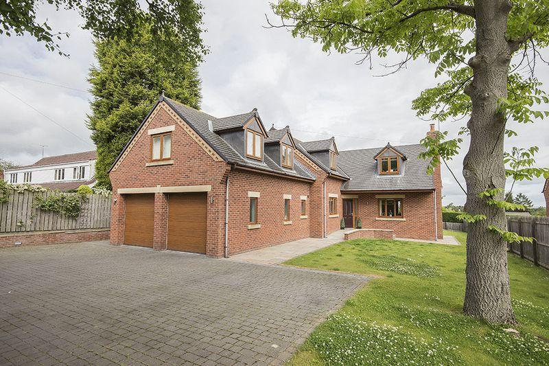 5 Bedrooms Detached House for sale in 84a Edge Hill, Darras Hall, Ponteland