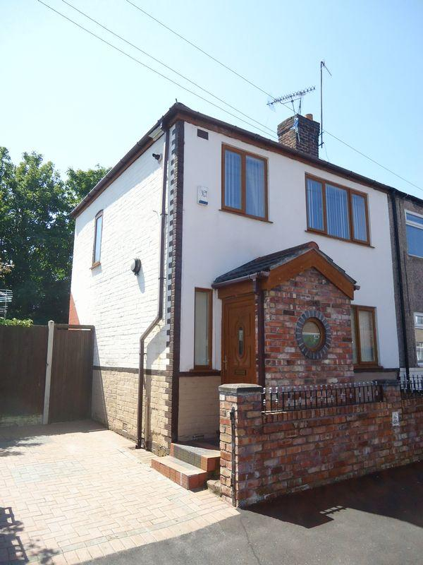 2 Bedrooms House for sale in Long Lane, Liverpool