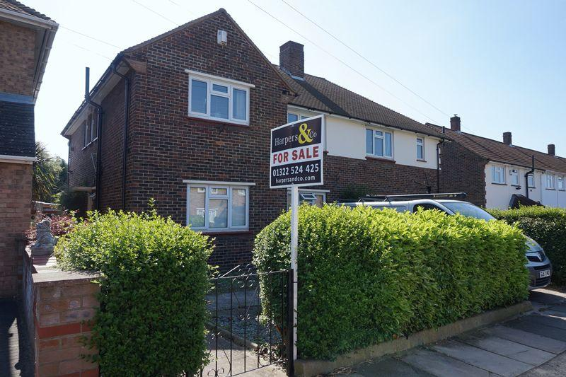 2 Bedrooms Apartment Flat for sale in Hadlow Road, Welling