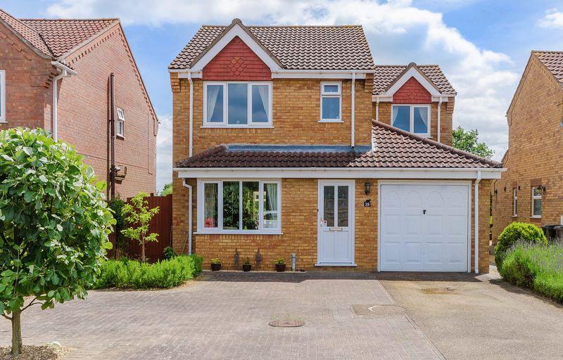 3 Bedrooms Detached House for sale in Carlisle Gardens, Horncastle