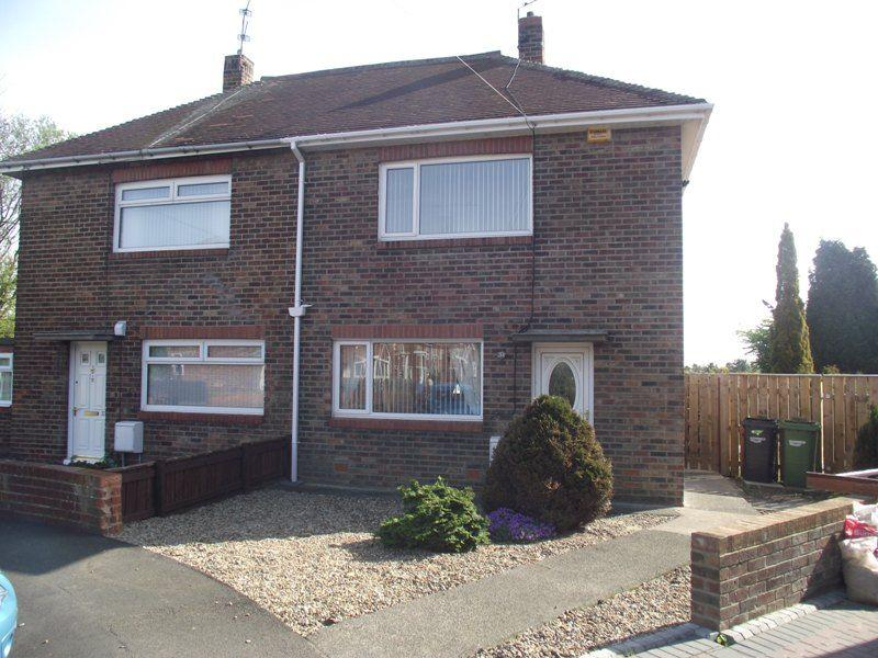 2 Bedrooms Semi Detached House for sale in Melrose Avenue, Bedlington - Two Bedroom Semi Detached House