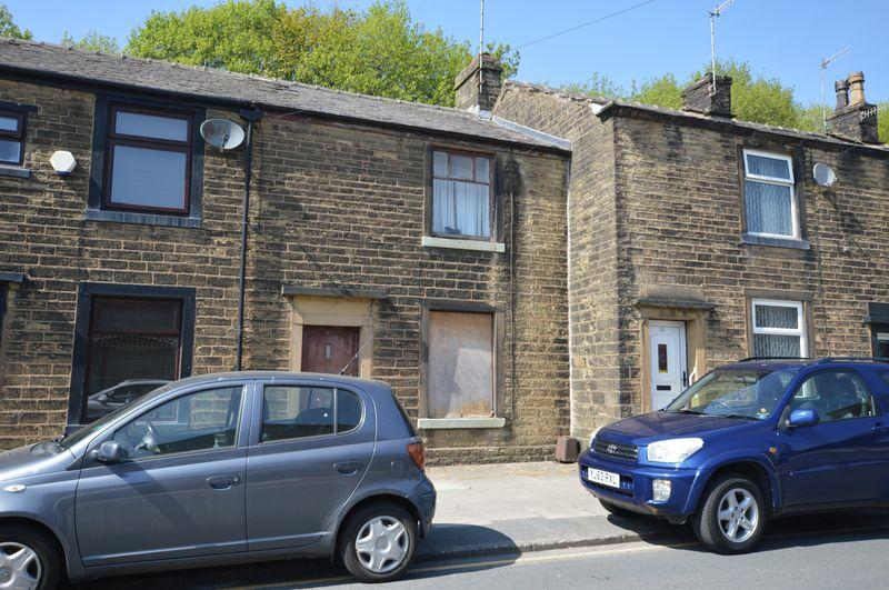 2 Bedrooms Cottage House for sale in Huddersfield Road, Newhey