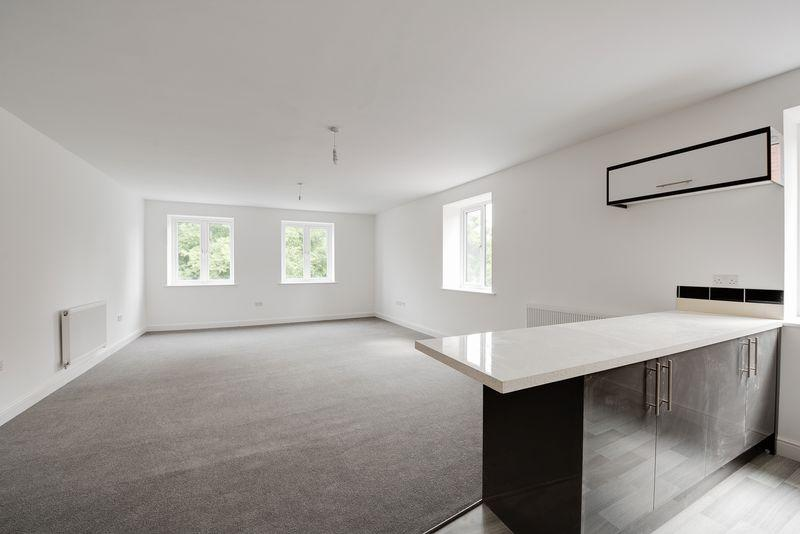 2 Bedrooms Apartment Flat for sale in City Centre, Southampton