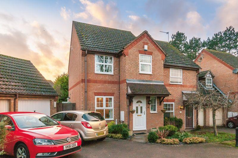 3 Bedrooms Semi Detached House for sale in William Steele Way, Higham Ferrers