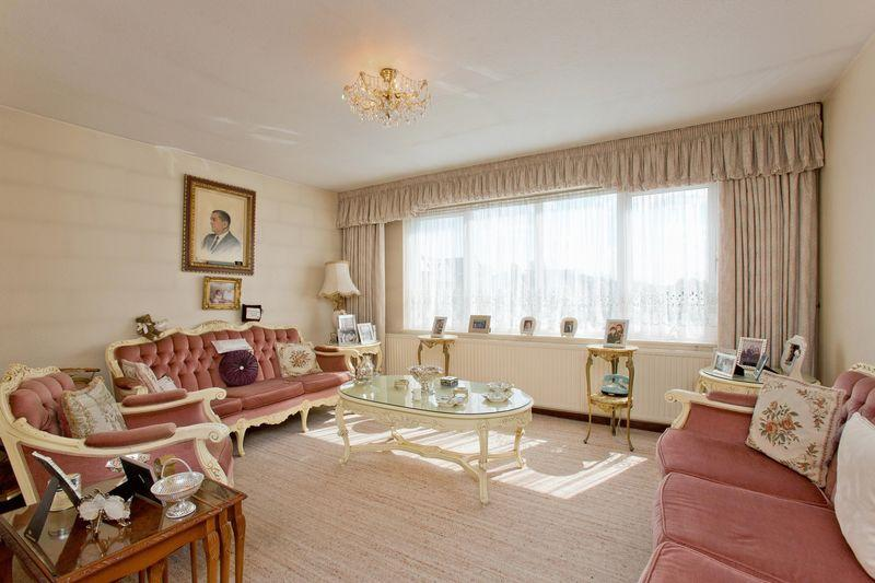2 Bedrooms Apartment Flat for sale in Bridge Lane, Golders Green, NW11