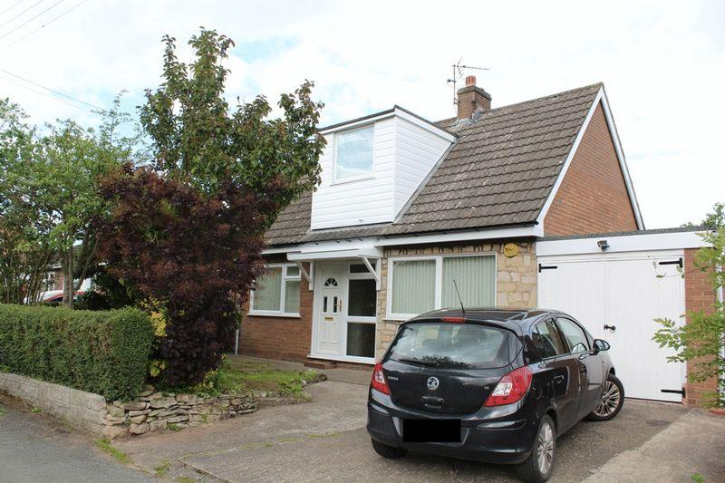 3 Bedrooms Detached Bungalow for sale in The Common, Bomere Heath, Shrewsbury, SY4 3LY