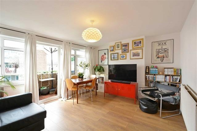 3 Bedrooms Maisonette Flat for sale in Star Lane, Canning Town