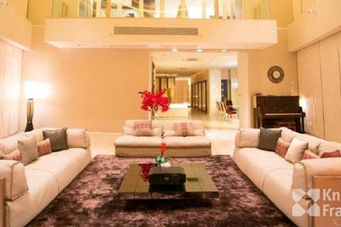 4 bedroom block of apartments  - Millennium Residence, 569 sqm., Fully furnished, Penthouse