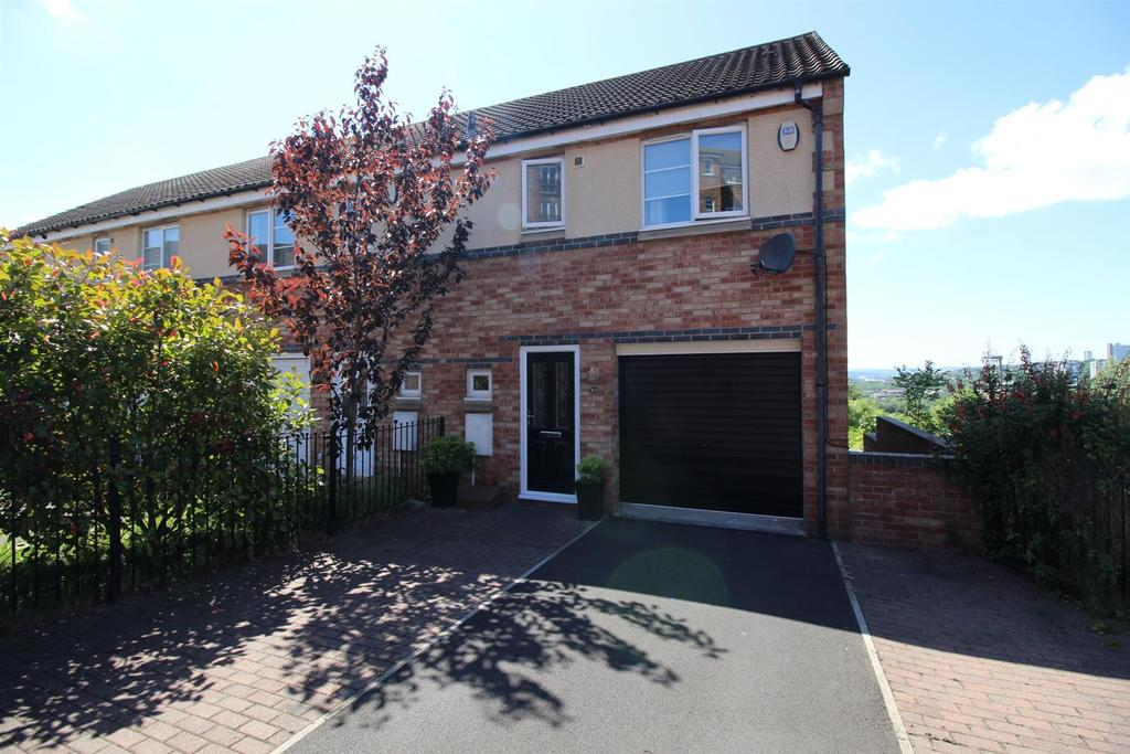 3 Bedrooms House for sale in Bridges View, Gateshead