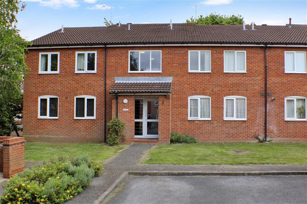 1 Bedroom Flat for sale in Alban Court, St Albans, Hertfordshire