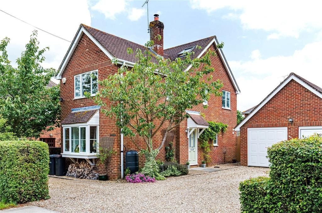 4 Bedrooms Detached House for sale in Lockerley Green, Lockerley, Romsey, Hampshire, SO51