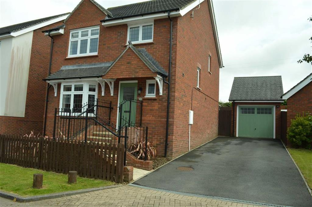 4 Bedrooms Detached House for sale in Napier Road, Swansea, SA4