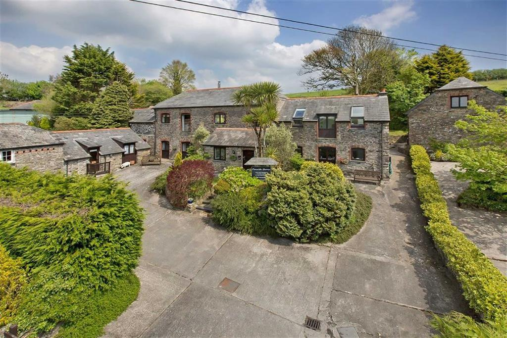 6 Bedrooms Detached House for sale in Looe, Cornwall, PL13