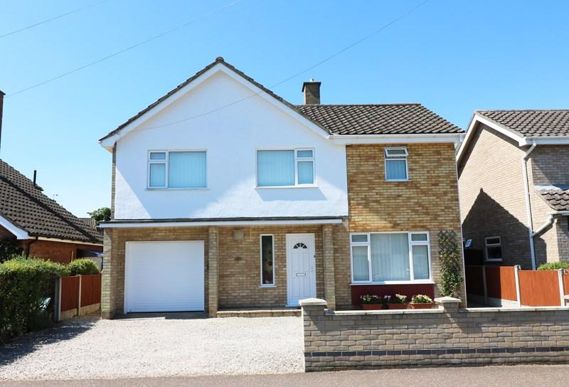 4 Bedrooms Detached House for sale in Folly Road, Wymondham