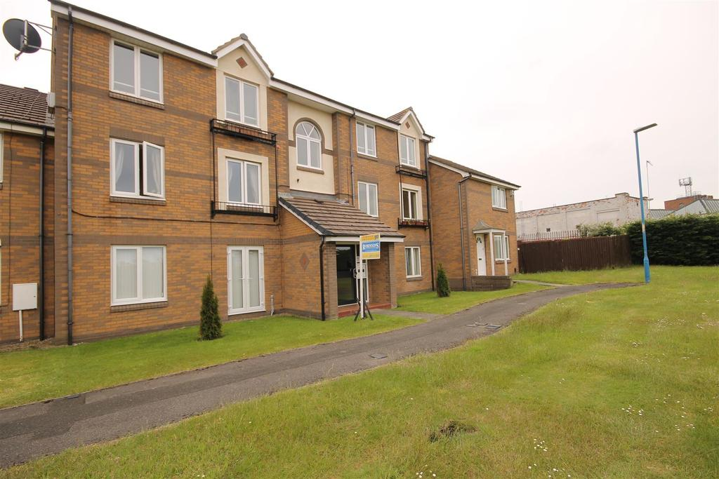 2 Bedrooms Apartment Flat for sale in Gatesgarth Close, Bakers Mead, Hartlepool