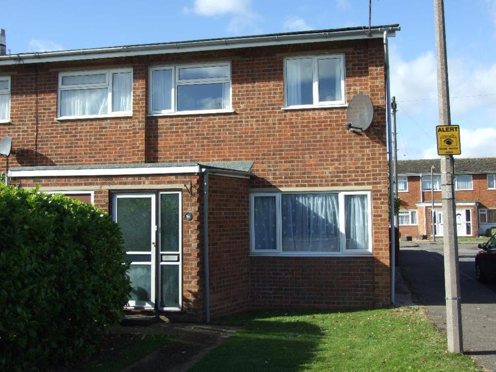3 Bedrooms Terraced House for sale in Mill Road, Cranfield, Bedfordshire