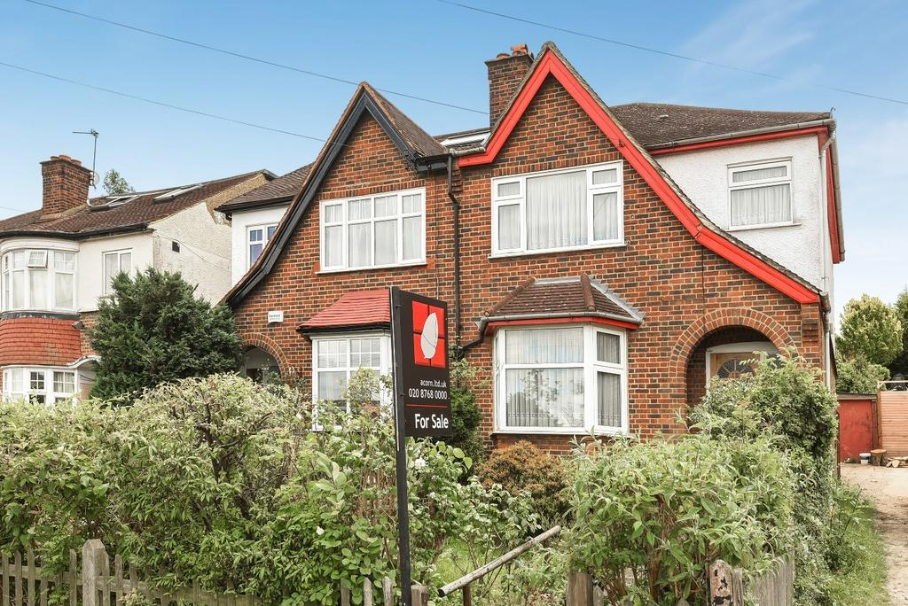 3 Bedrooms Semi Detached House for sale in Beaumont Road London SE19