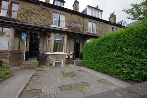 1 bedroom flat to rent - FLAT 2 - BINGLEY ROAD, SHIPLEY, BD18 4DL