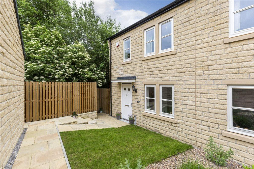 3 Bedrooms Semi Detached House for sale in Hayton Way, Skipton