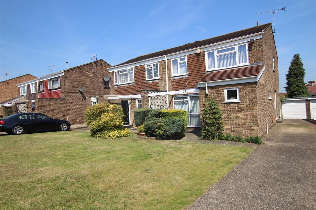 4 Bedrooms Semi Detached House for sale in Bowmans Road, Dartford