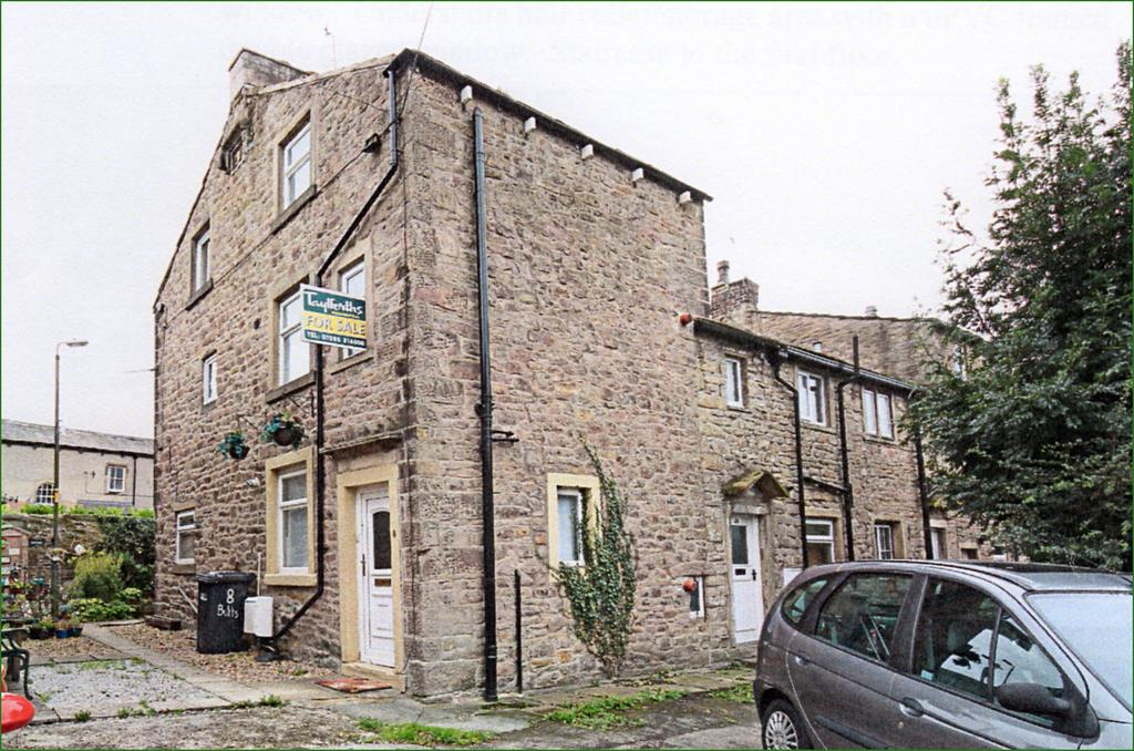 2 Bedrooms Cottage House for sale in The Butts, Barnoldswick BB18