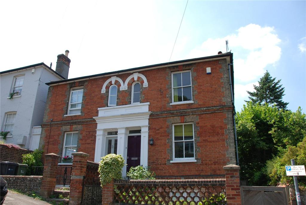 4 Bedrooms Semi Detached House for sale in Cheselden Road, Guildford, Surrey, GU1