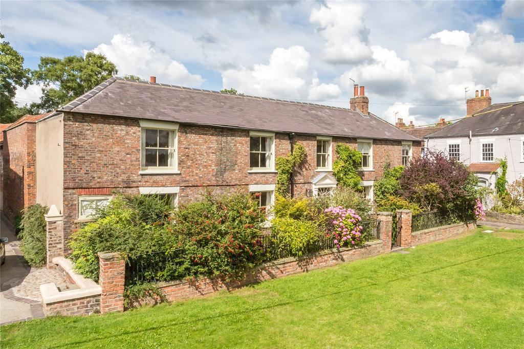 5 Bedrooms Detached House for sale in Osbaldwick Village, Osbaldwick, York, YO10