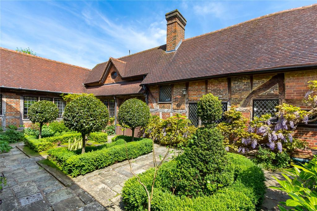 5 Bedrooms House for sale in Church Lane, Cranleigh, Surrey