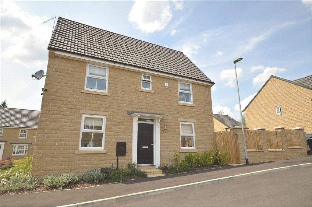 3 Bedrooms Detached House for sale in Park Road, Oulton, Leeds, West Yorkshire