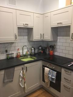 1 bedroom flat to rent - 14 Muswell Hill rd, London N6