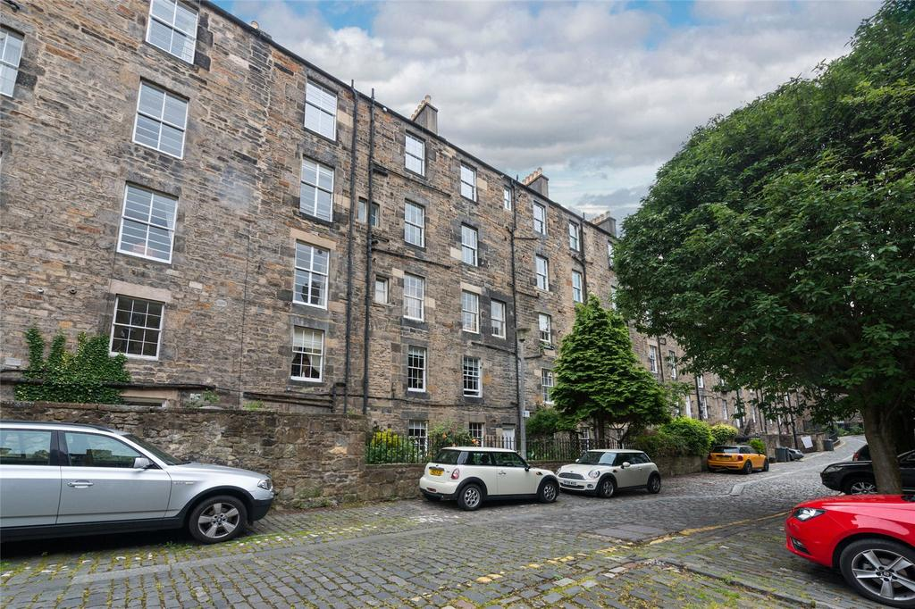 3 Bedrooms Apartment Flat for sale in Cumberland Street N.W. Lane, Edinburgh, Midlothian