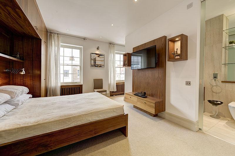 2 Bedrooms Flat for sale in Montpelier Street, London. SW7