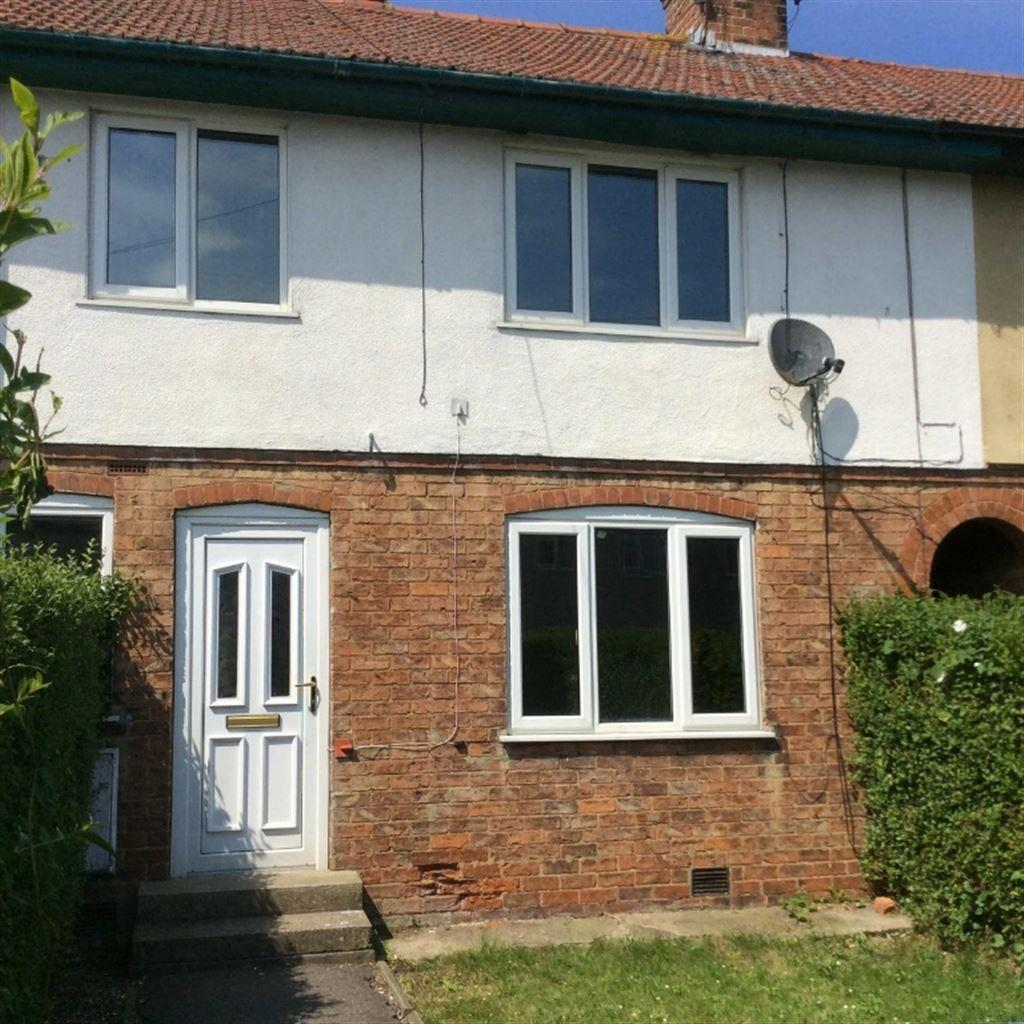 3 Bedrooms Terraced House for sale in Milner Road, Bridlington, E Yorkshire, YO16 7LW