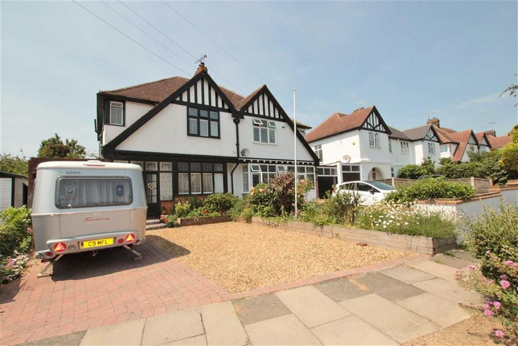 3 Bedrooms Semi Detached House for sale in Arundel Gardens, Westcliff-On-Sea, Essex
