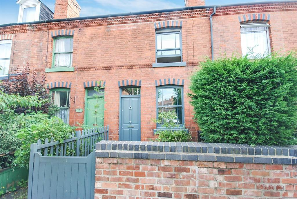 2 Bedrooms Terraced House for sale in Derby Street, Beeston, Nottingham