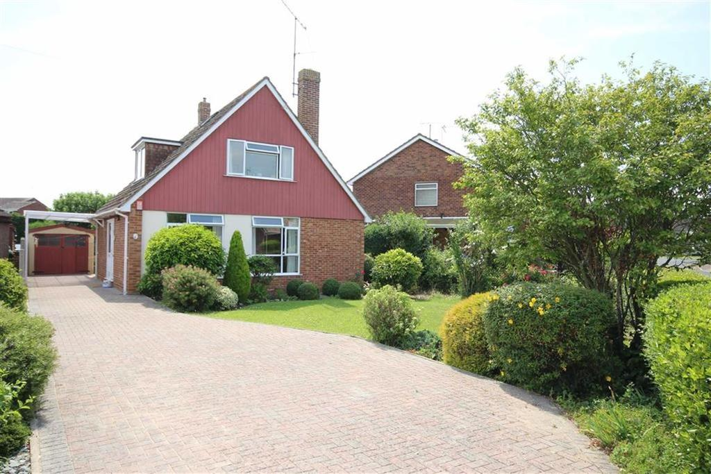 3 Bedrooms Chalet House for sale in Tretawn Gardens, Newtown, Tewkesbury, Gloucestershire