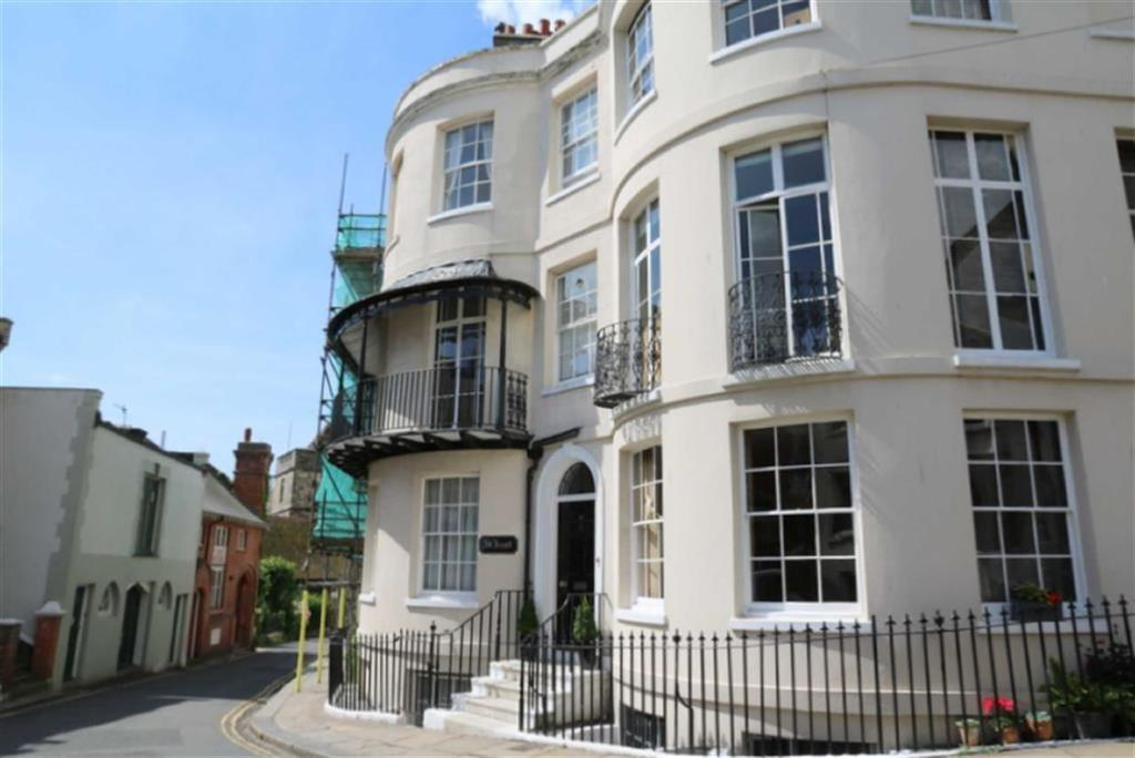 4 Bedrooms Terraced House for sale in Croft Road, Hastings