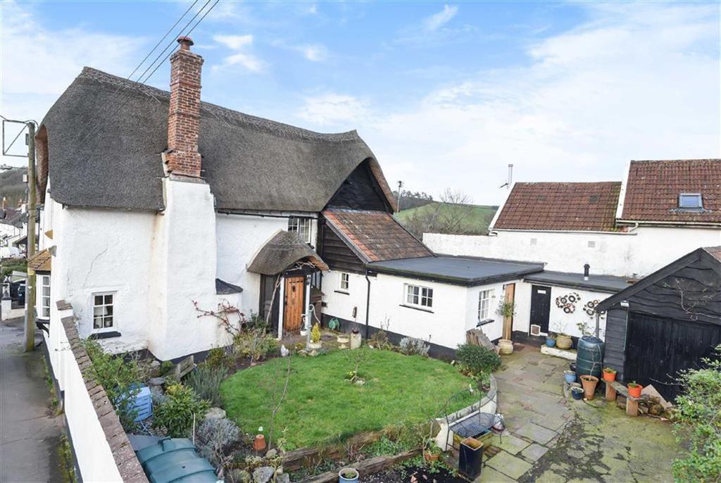 3 Bedrooms Detached House for sale in Kennford, Exeter, Devon, EX6