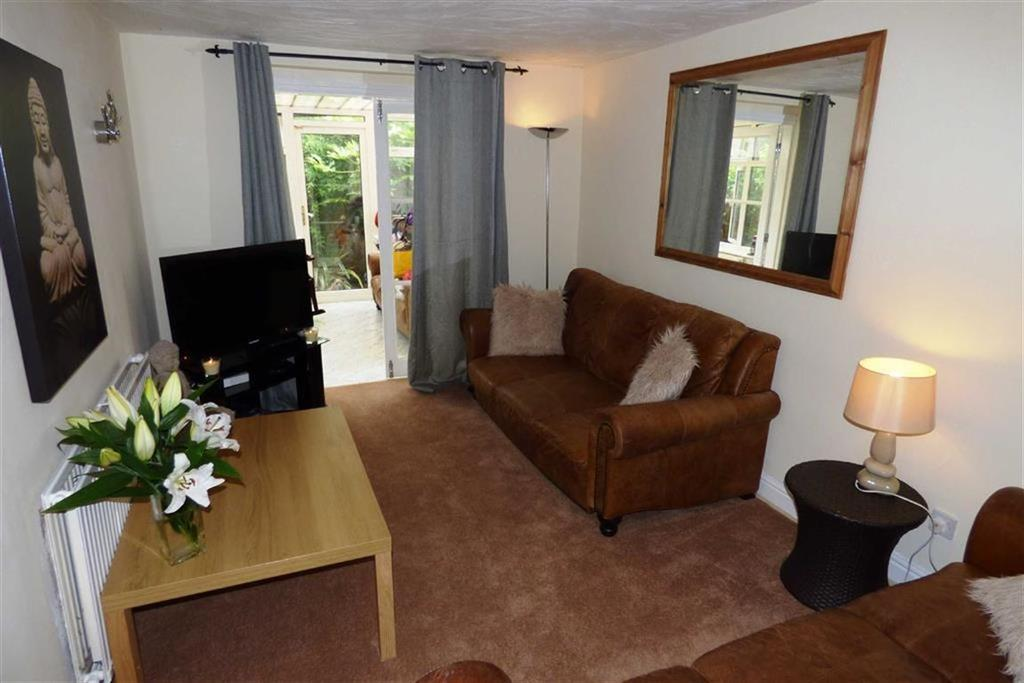 2 Bedrooms Apartment Flat for sale in Wellington Road, Fallowfield, Manchester, M14