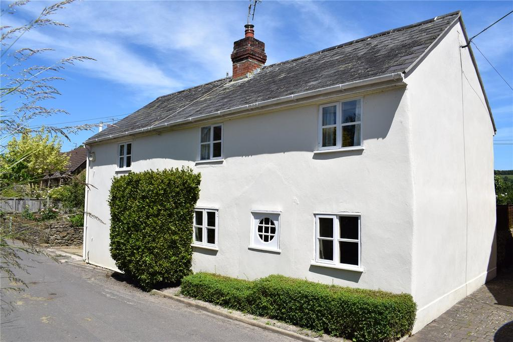 4 Bedrooms Detached House for sale in St James' Road, Netherbury, Bridport, Dorset