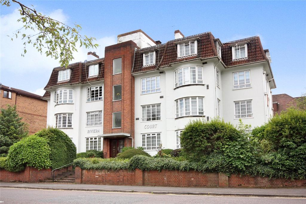 3 Bedrooms Flat for sale in Riviera Court, Suffolk Road, Bournemouth, Dorset, BH2