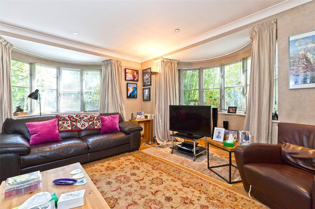 4 Bedrooms Detached House for sale in Dartmouth Park Avenue, London, NW5
