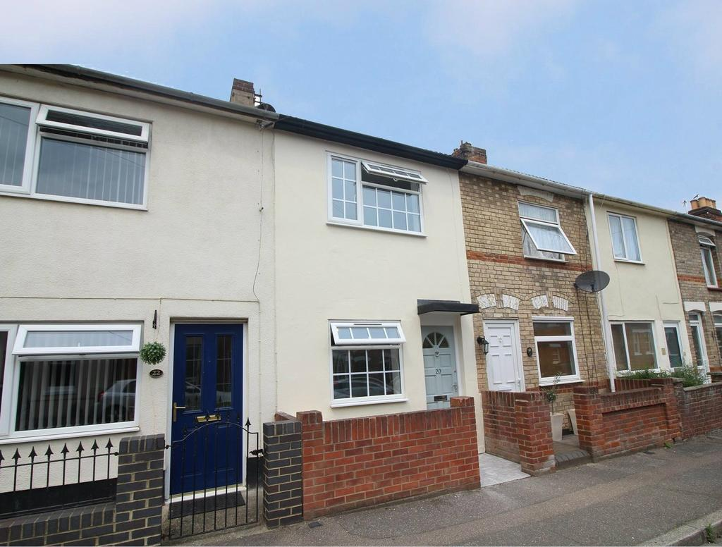 2 Bedrooms Terraced House for sale in Charles Street, Colchester, Essex, CO1