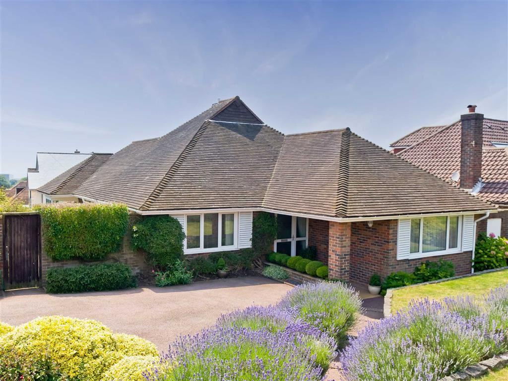 3 Bedrooms Detached Bungalow for sale in Shirley Drive, Hove, East Sussex