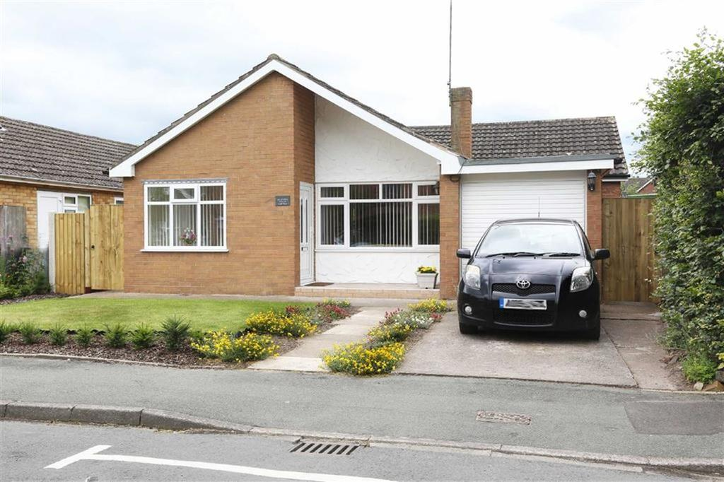 3 Bedrooms Detached Bungalow for sale in Derwent Close, Nantwich, Cheshire