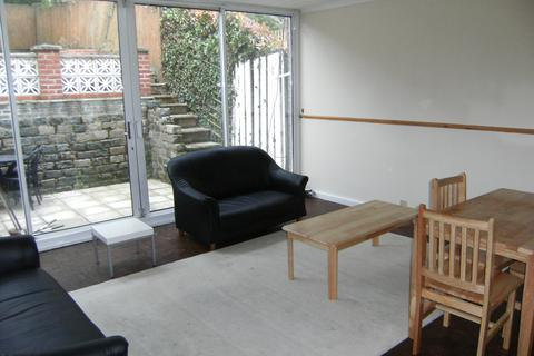 3 bedroom house to rent - Muswell Hill, London N10