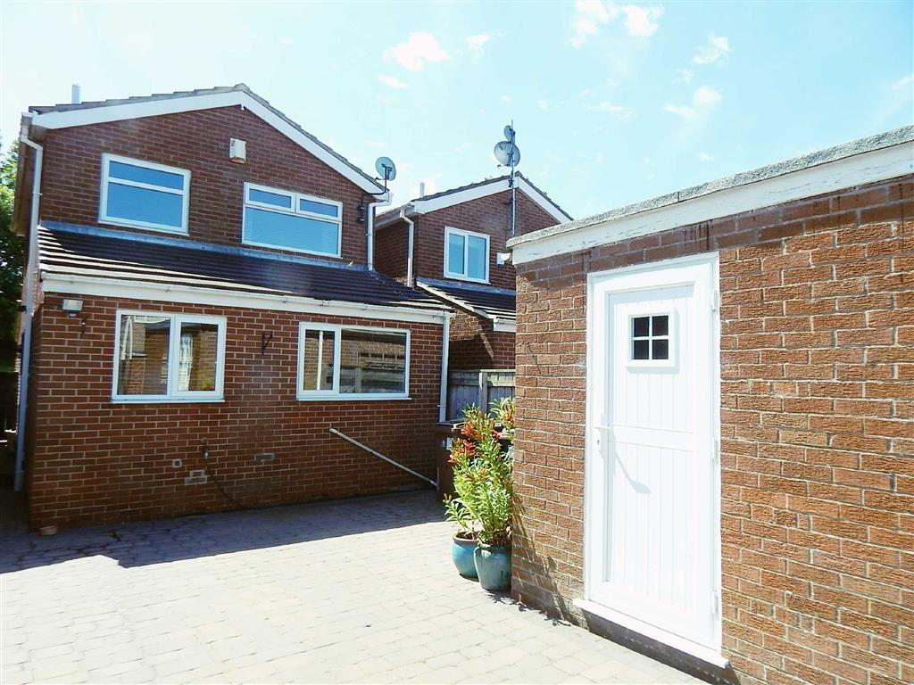 3 Bedrooms Detached House for sale in Waltham Close, Redesdale Park, Wallsend, NE28