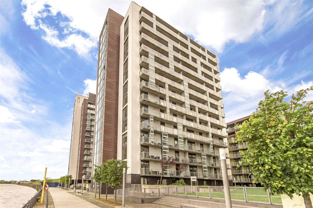 2 Bedrooms Flat for sale in Flat 1/2, 350 Meadowside Quay Walk, Glasgow Harbour, Glasgow, G11