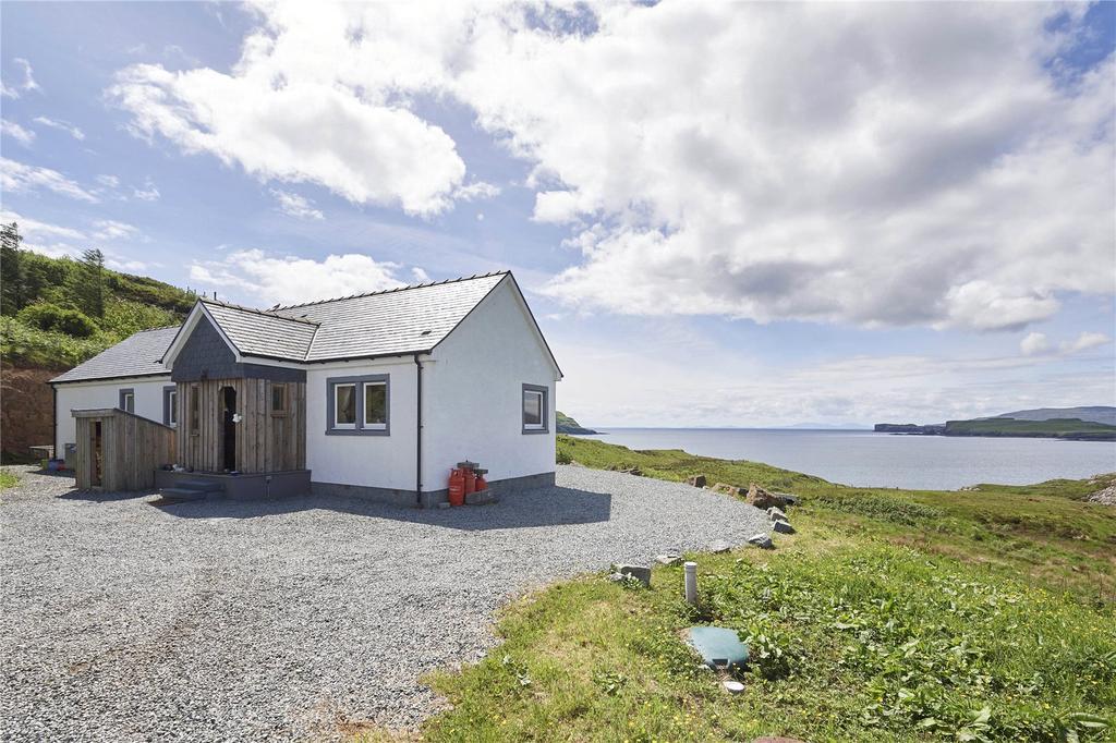 2 Bedrooms Detached House for sale in Croft Beag, 27 Portnalong, Carbost, Isle Of Skye, IV47